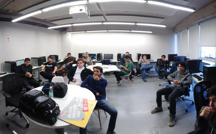 Students of Campus Creativo helped producing the game.